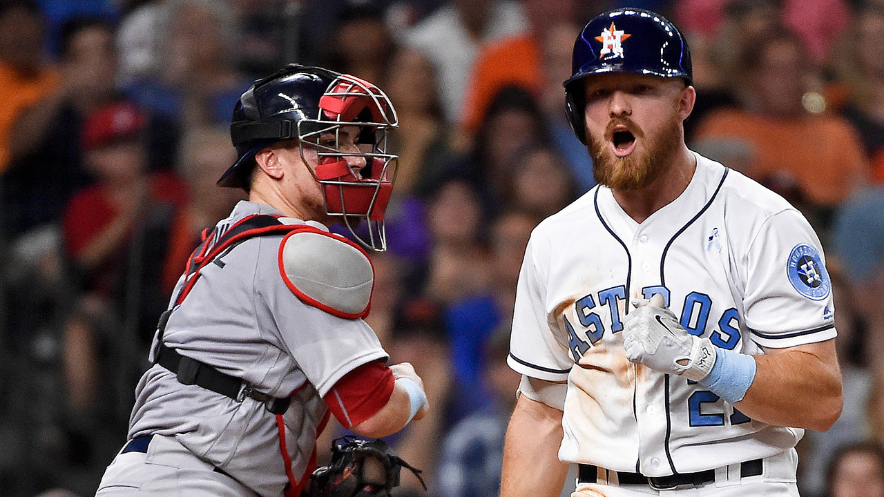 Astros' missed chances costly in loss to Sox